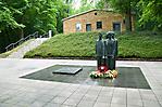 Gedenkplatz vor dem ehem. Krematorium